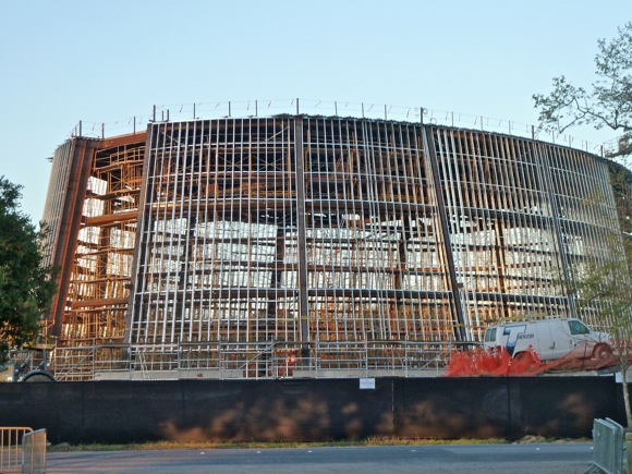 construction of new performing arts center at Stanford